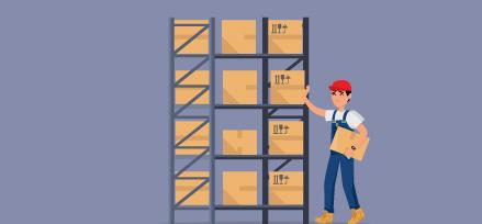 Ouvrier d'entrepôt prenant des boîtes d'une étagère. Illustration.